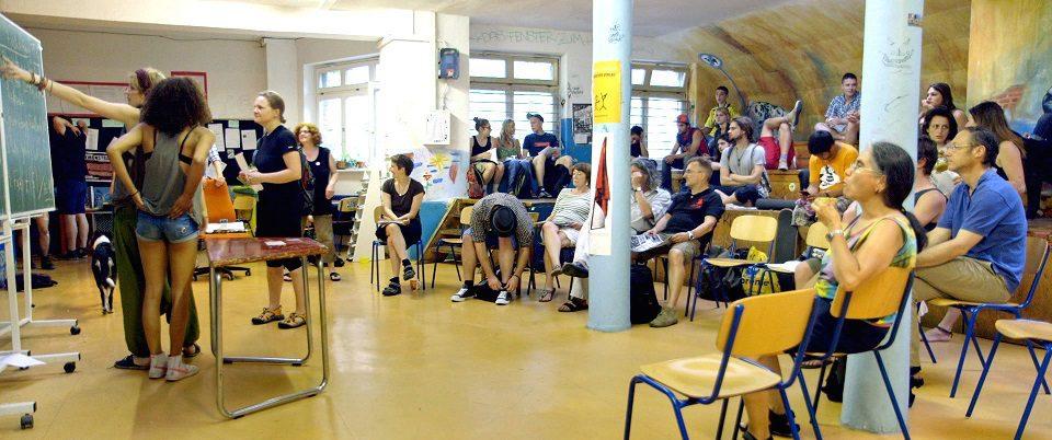 RebelHighSchool2_schmal